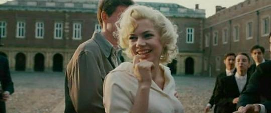 Herečka v dramatu My Week with Marilyn.