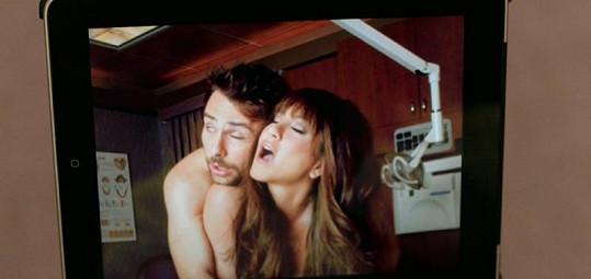 Odvážná Jennifer Aniston jako sexuchtivá zubařka.