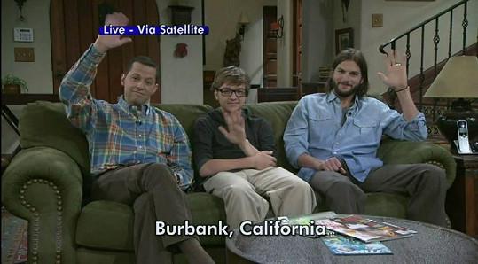 Dva a půl chlapa: Jon Cryer, Angus Jones a Ashton Kutcher.