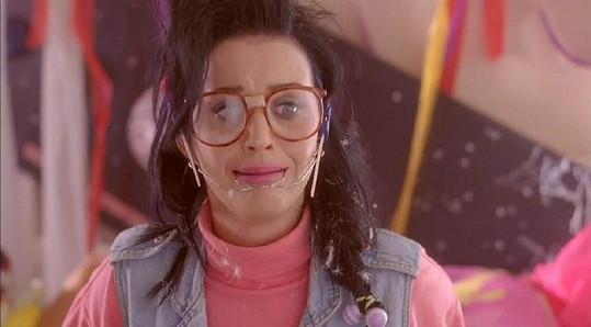 Katy Perry v jednom ze svých klipů.