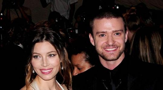 Krásný hollywoodský pár Jessica Bielová a Justin Timberlake jsou prý manželé.