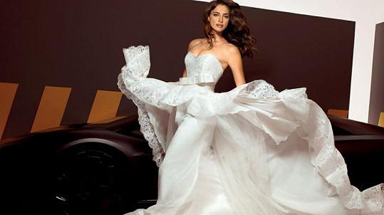 Irina Shayk by byla krásná nevěsta.