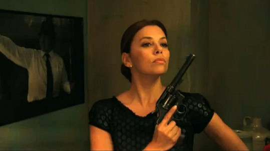 Eva Longoria ve filmu Without Men.