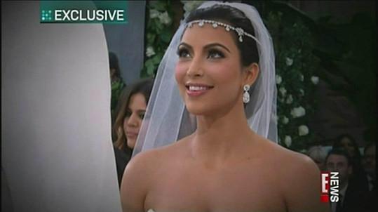 Kim už před oltářem stála. Stane se teď šťastně vdanou ženou?
