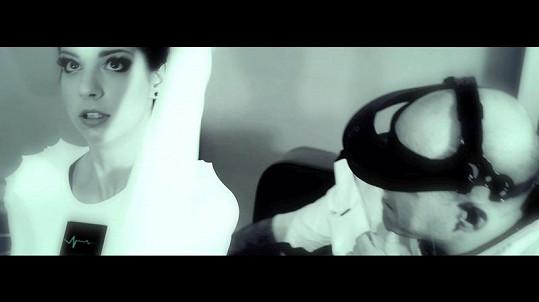 Marta ve videoklipu.