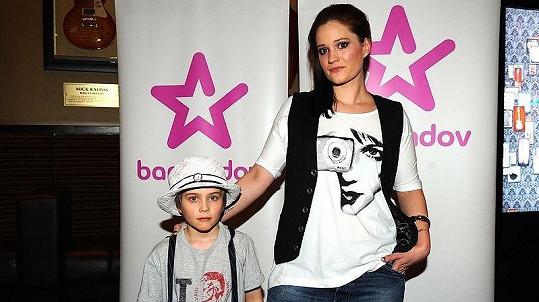 Natálie Kocábová se synem Vincentem na Barrandov TV párty.