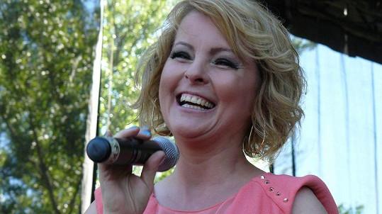 Ivetu Bartošovou prý Macura obtěžuje už dva roky.