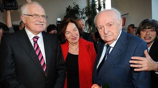 Otakaru Vávrovi přišel poblahopřát i prezidentský pár Václav a Lívie Klausovi