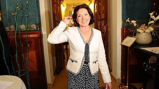 Marie Rottrová na sedmdesátnici rozhodně nevypadá