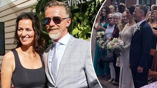 Adéla Gondíková a Jiří Langmajer se po dlouhých letech partnerství rozhodli pro svatbu, která proběhla v červenci.