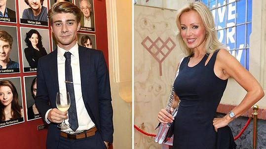 Lamboru znají televizní diváci zejména ze seriálů. Na snímku s Kateřinou Brožovou, která s ním v Tváři také soutěží.