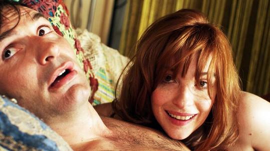 Vica s Macháčkem v posteli