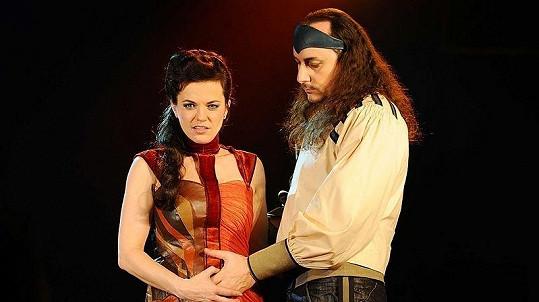 Marian Vojtko a Martina Jandová při focení programu k muzikálu Kat Mydlář.