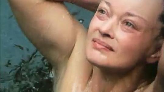 Jana Brejchová se ve filmu Citlivá místa neváhala odhalit.