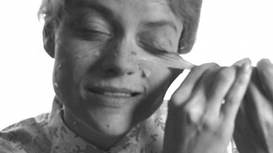 Udělat z krásné Jany Strykové babičku nebylo jen tak.