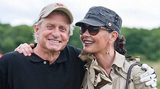 Catherine Zeta-Jones se svým manželem Michaelem Douglasem.