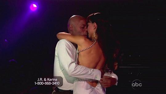 Dvojice za jejich tanenčí výkon sklidila nejdelší potlesk v historii soutěže.