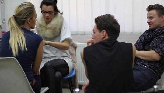 Renatu líčila vizážistka Lucia Gibodová.