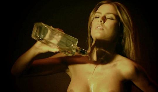 Playmate Alexa Varga bude mít na starost whisky...