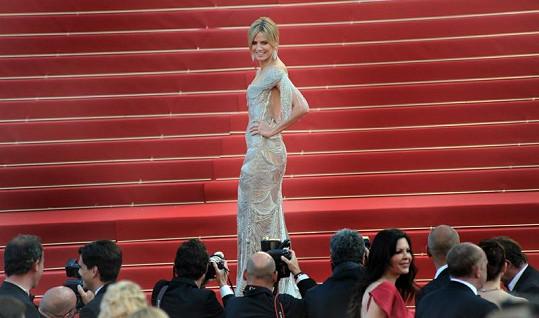 Heidi Klum v další večerní róbě.