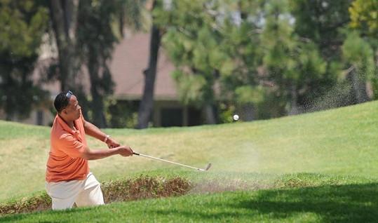 Conrad Murray na golfu v Kalifornii.