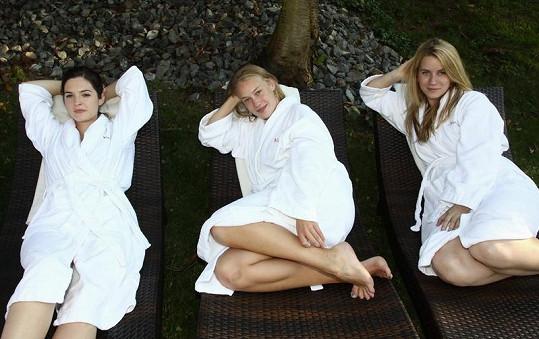 Kristýna se seriálovými kolegyněmi Anetou Krejčíkovou a Annou Fixovou.
