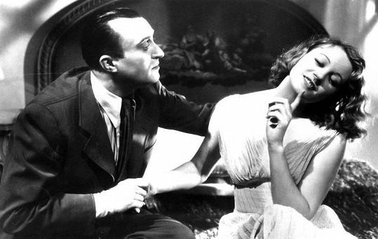 Nataša Gollová a Oldřich Nový ve filmu Eva tropí hlouposti (1939)