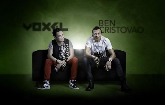Ben Voxelovi režíroval klip k jeho singlu V síti.