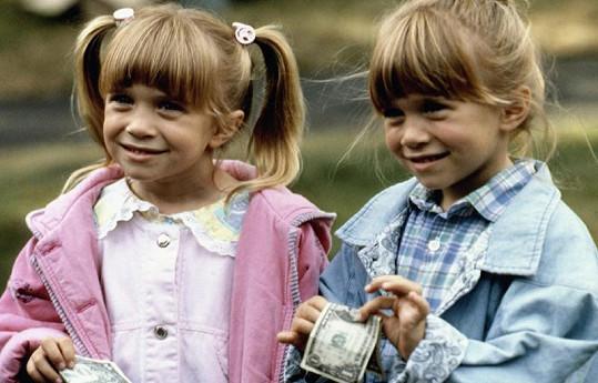 Ashley a Mary-Kate Olsen ve filmu Jedeme k babičce.