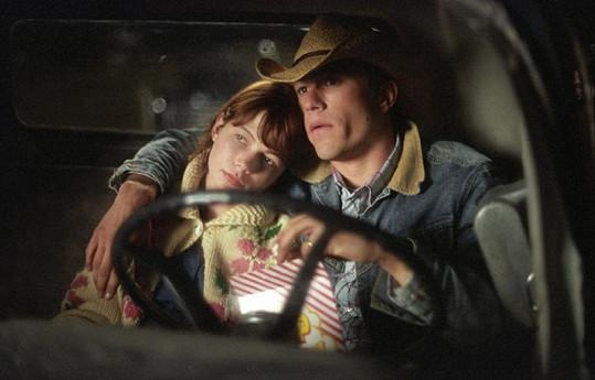 Williams ve filmu Zkrocená hora s Heathem Ledgerem.