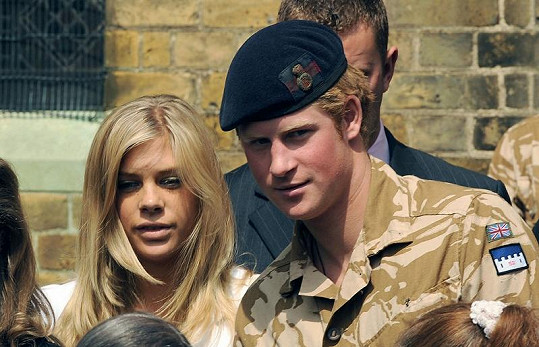 Harry a jeho dřívější přítelkyně Chelsy Davy.