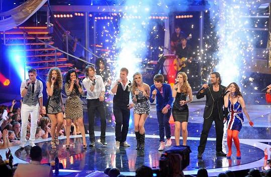 Dvanáctka finalistů zazpívala i v Grandfinále.