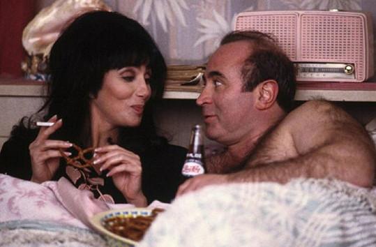 Bob s Cher v komedii Mořské panny.