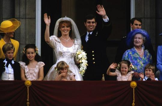 Královská svatba v roce 1986 - Fergie si bere prince Andrewa.