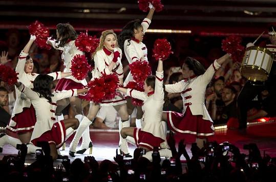 Madonna na jevišti.