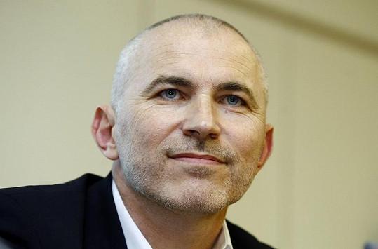 Petr Fejk podváděl manželku Martinu Nevařilovou.