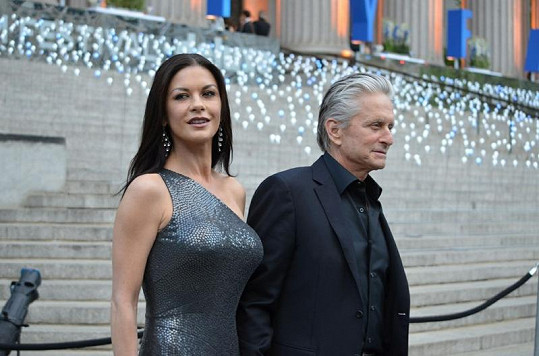 Catherine a Michael na Tribeca Film Festivalu v New Yorku.