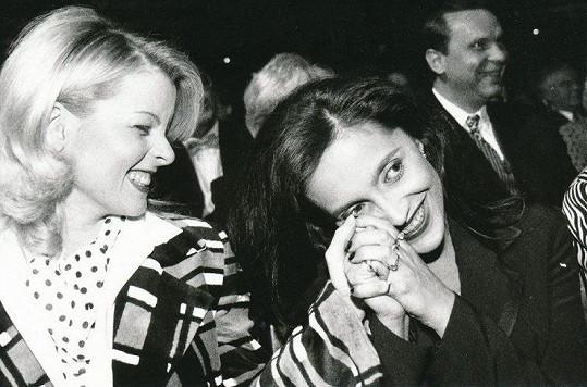 Lucie Bílá na archivním snímku s Ivetou Bartošovou