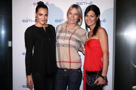 Diana s kolegyněmi z Miss ČR Katkou Sokolovou a Janou Doleželovou.