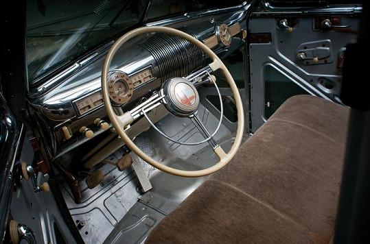 Vnitřek auta.