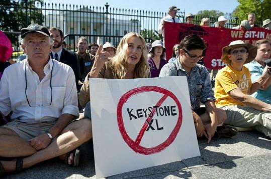 Herečka se ujala protestů.