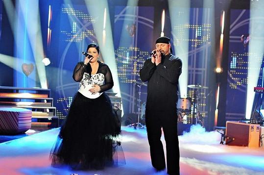 Leona s Jiřím na pódiu.