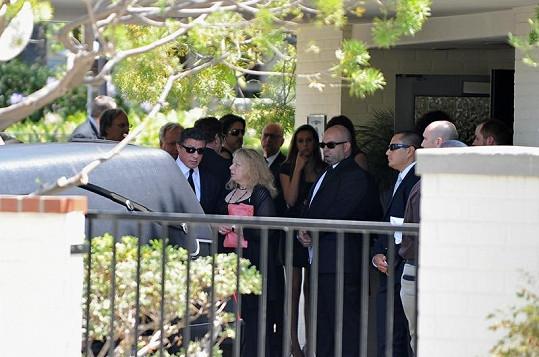 Stallone s rodinou na pohřbu syna Sage.