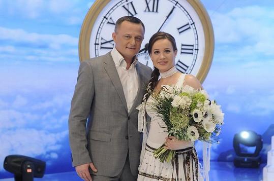 Kristina v pořadu Modre z neba s moderátorem Vilem Rozborilem.