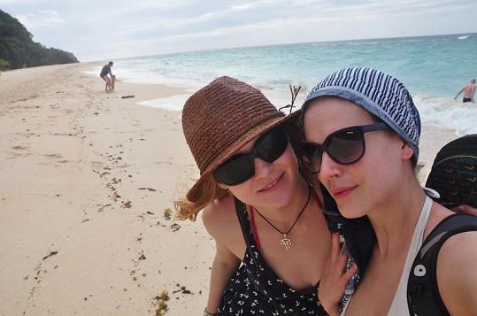 Andrea s kamarádku Janou.