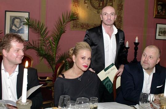 Anastacia během večere v restauraci Pálffy Palác.