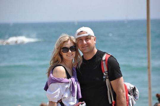 Monika s Petrem po šestnácti letech vyrazili na další líbánky.