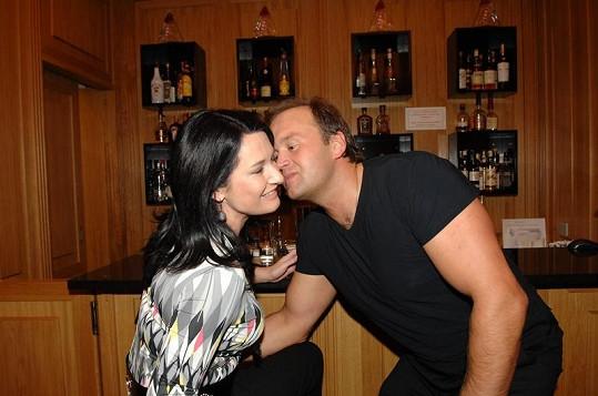 Mirka Čejková s manželem Vítem ještě šťastná.