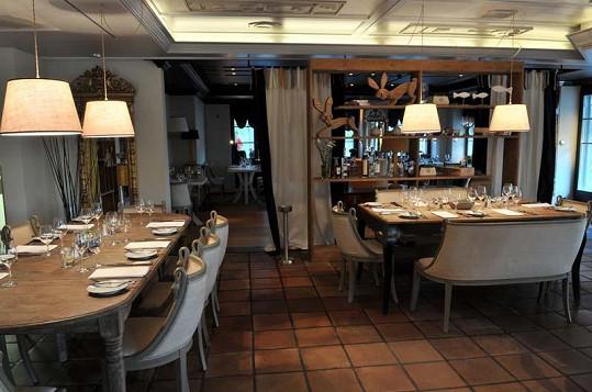 Restaurace Zdeňka Pohlreicha ve Švýcarsku je velmi útulná.
