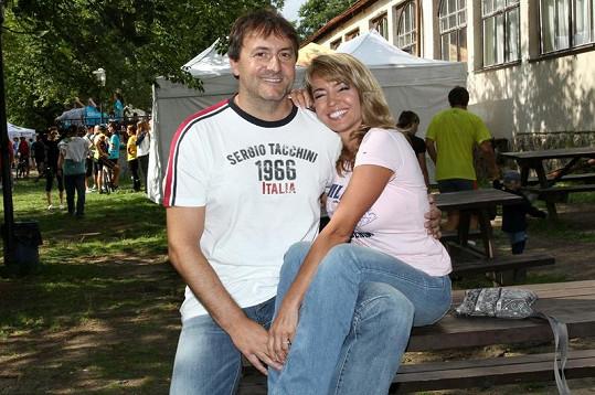 Pavlína Danková přišla se svým životním partnerem Milanem Benešem.
